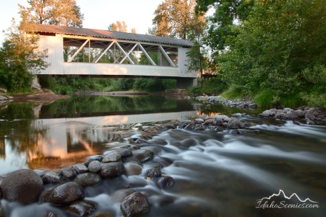 Oregon, Stayton, Scio, Gilkey covered bridge in evening light of early summer.